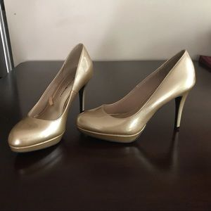 Christian Siriano Gold Heels with Platform size 7